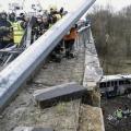 У бельгії впав з моста автобус з групою російських школярів (8 фото)